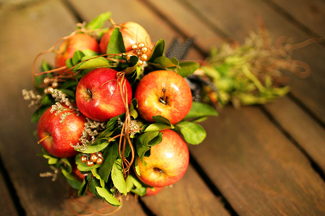 Bouquet Alternatives made of apples