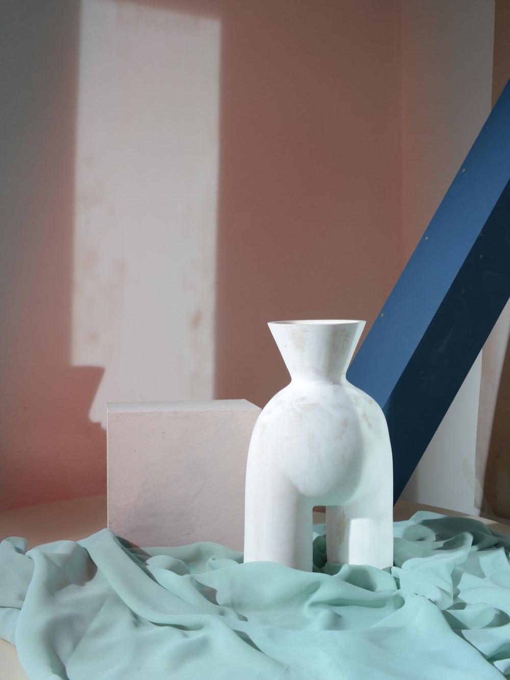 Ceramic vase by Valentina Cameranesi