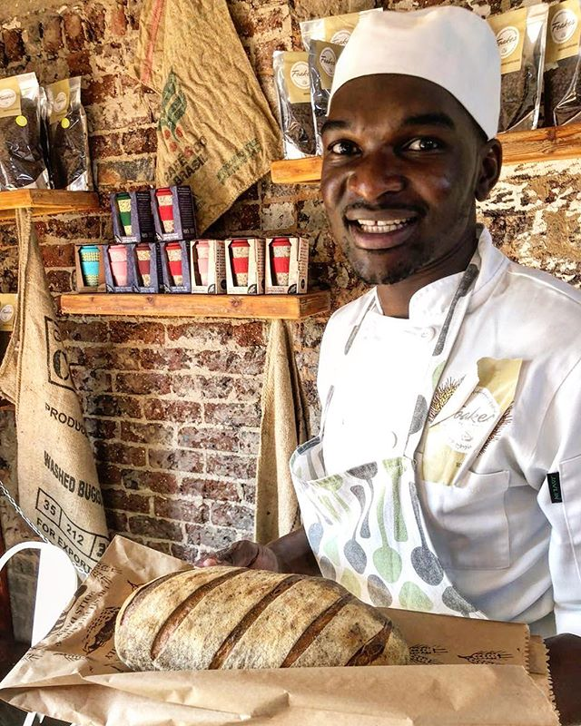 Meet Washington - he is our Master Baker. We happened to cross paths on our journey to opening Foakes, and boy, are we grateful for him! He is super talented.  Pictured is a fresh sourdough loaf - available for purchase and used to make our daily sandwiches.  #appreciationpost❤️ #talent #baker #foakes