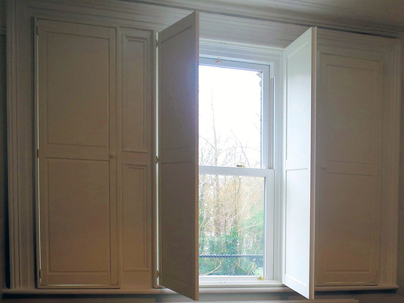 Country-Shutters-Solid.jpg