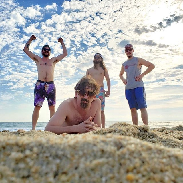 ☀️Suns out gunz out ☀️OBX vibe is right!!! Had a great time at @tapshackduck 🦆see y'all again soon! Up next tonight is @dafatfrogg and Sunday at @earlyservicelouisville for the @gratevilledead after-afterparty! #thesnozzberries #snozzberries #obx #ducknc #outerbanks #psychedelicrock #jamband #funkband #goseelivemusic