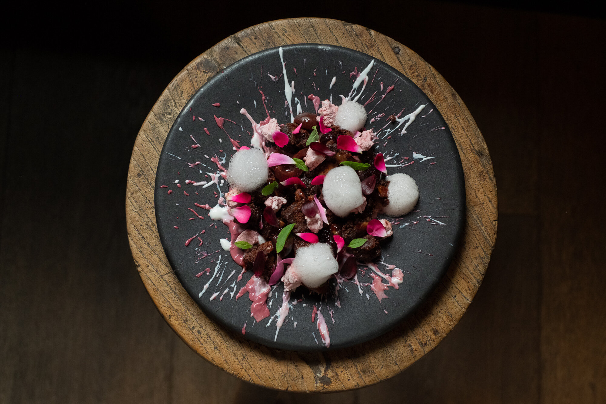 Kersen - Amarena kersen - Chocolade brownie - Vlierbloesem Marshmallow - Geroosterde amandelen - Yoghurt ijs