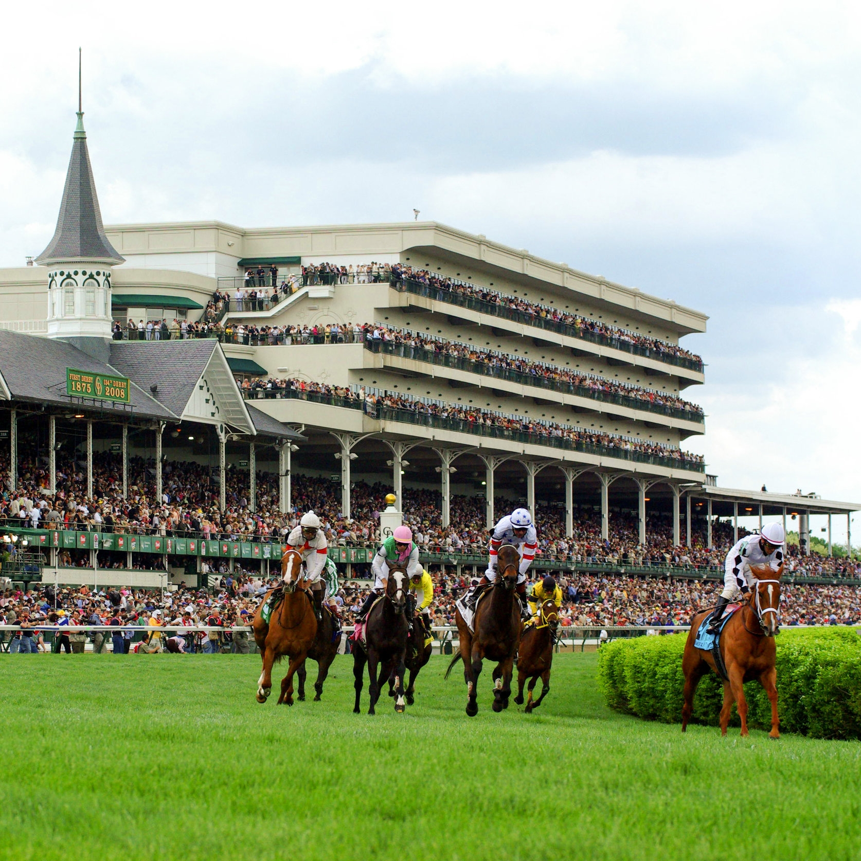 Top Photo - Churchill Downs.jpg