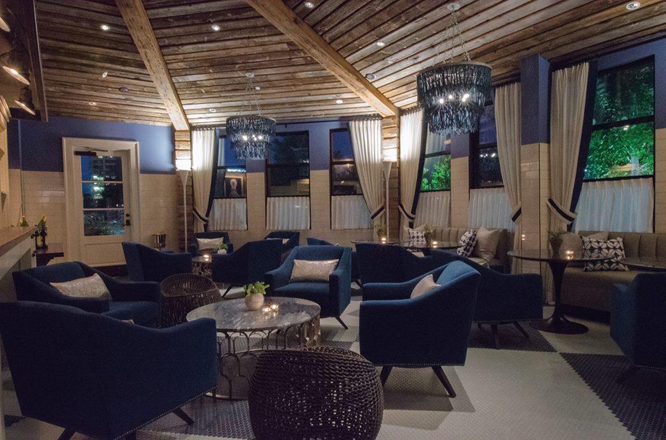Seafood R'evolution New Cocktail Lounge .jpg