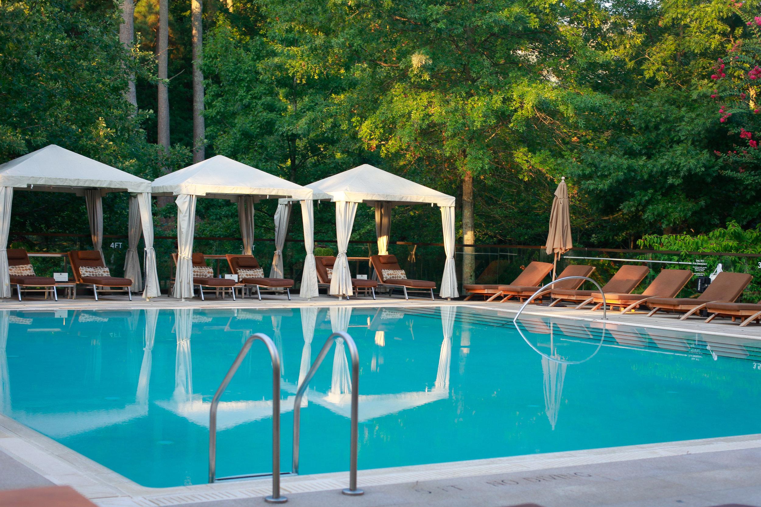 Pool and Cabana.jpg