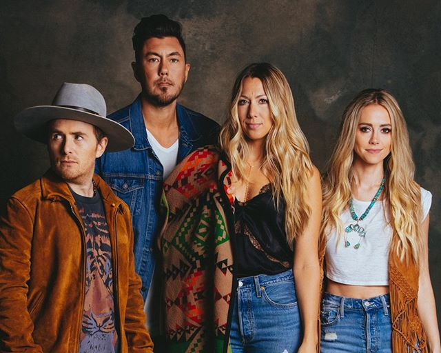 """Digital Exclusive Alert! """"Music and song writing is not only therapeutic for the listener, but for us as the writers."""" ⠀⠀⠀⠀⠀⠀⠀⠀⠀ ⠀⠀⠀⠀⠀⠀⠀⠀⠀ Colbie Caillat, Justin Young, Nelly Joy, & Jason Reeves started Gone West last year. They are an American country group famous for their four-part harmonies. ⠀⠀⠀⠀⠀⠀⠀⠀⠀ ⠀⠀⠀⠀⠀⠀⠀⠀⠀ Check our their interview out in the link in our bio."""