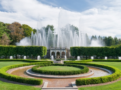 longwood fountains large.jpg