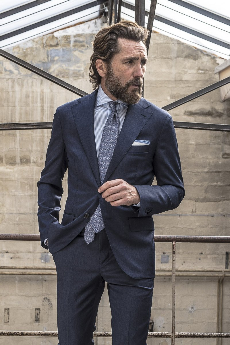 Blue_Full_Canvas_Suit_in_Loro_Piana_wool_130_S_4_eb9f98fb-8ee2-43e7-9935-46989ab0a5fc_2000x.jpg