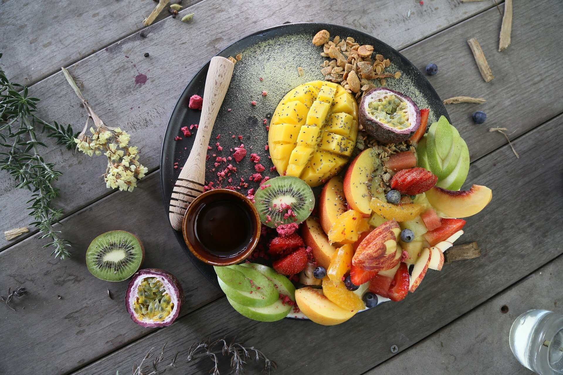 Rio Chirripo Lodge - Next, take a drive along the coast and head up to the heart of theTalamanca Mountain Range in the south central portion of Costa Rica. It is here, nestled between wooded hills and the fast flowing Chirripó River that you will find Rio Chirripó Lodge, a refuge from the pressures of a busy world, a place of refreshment for mind and body. Throughout its grounds the vivid hues of abundant tropical flowers and shrubs beguile the eye and enchant the spirit.In both locations, indulge in healthy, inspiring dishes, incorporating a wide selection of locally sourced fresh organic ingredients, providing a culinary experience that will nourish, satisfy and make your Costa Rican escape as perfect as nature intended.