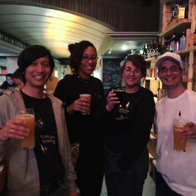 After party at @top_hops! Onwards to @izakayajuraku after. . . . . . . #beer #nyc #lowereastside #hesterstreet #heaterstreetfair #beer #beers #beergeek #beerlovers #beernerd #beerme #beerbeerbeer #beerlove #beerlife #beerpics #beergram #craftbeer #instabeer #bar #beerstagram #beerporn #craftbeerlover #craftbeerporn #craftnotcrap #craftbeerlife