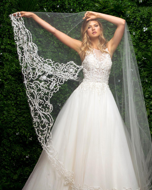 bridal-accessories-blossom-veils-j-andrews.png