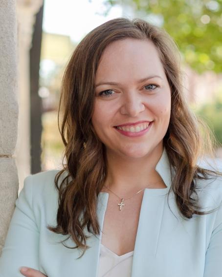 Elizabeth Arway Principal • Creative Services