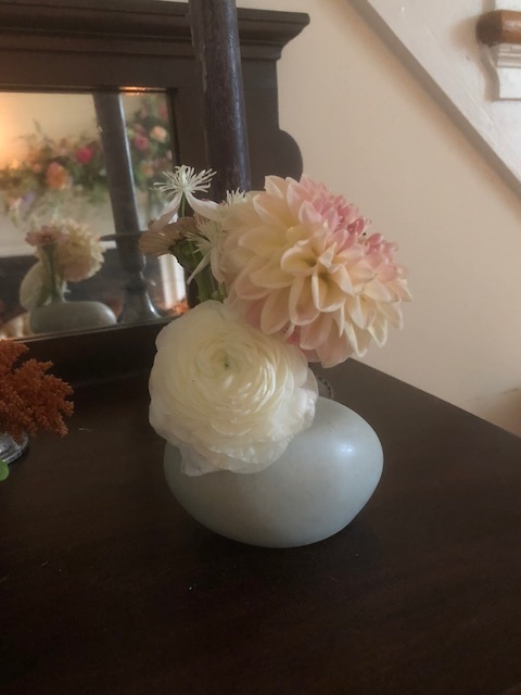 small bud vase.jpg