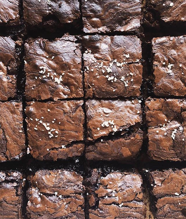 Sometimes you just need brownies. Salted Espresso Fudge brownies to be exact. Get @thaliaho recipe with the link in my bio. Who else needs to make a double batch?! 🙋🏼♀️ . . https://www.butterandbrioche.com/salted-espresso-fudge-brownies/ . . . . . . . . . . . . . . . . . #foodgawker #igfood #food52 #homemade #fresh #forkyeah  #knowyourfood #recipe #recipeoftheday #lovefood #feedfeed #f52grams #makeitdelicious #healthyfood #healthyeating #eatright #freshforlaura #eeeeeats #thekitchn #onthetable #buzzfeast #instafood #inseasonnow #tastingtable #goopmake #thecookfeed #desserttable #brownies