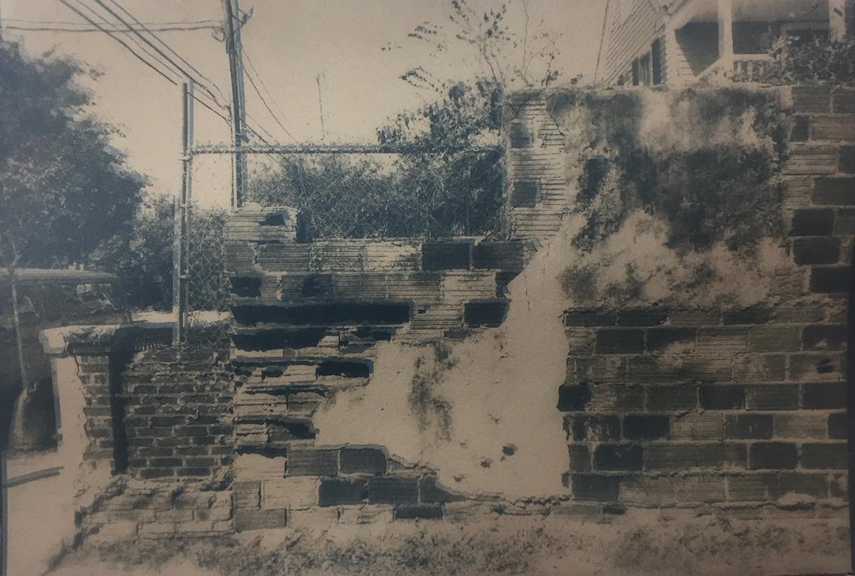 Wall on St. Phillip, St. Charleston