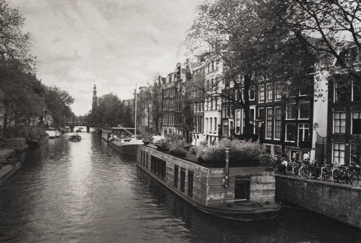 Prinsengracht Canal Bridge
