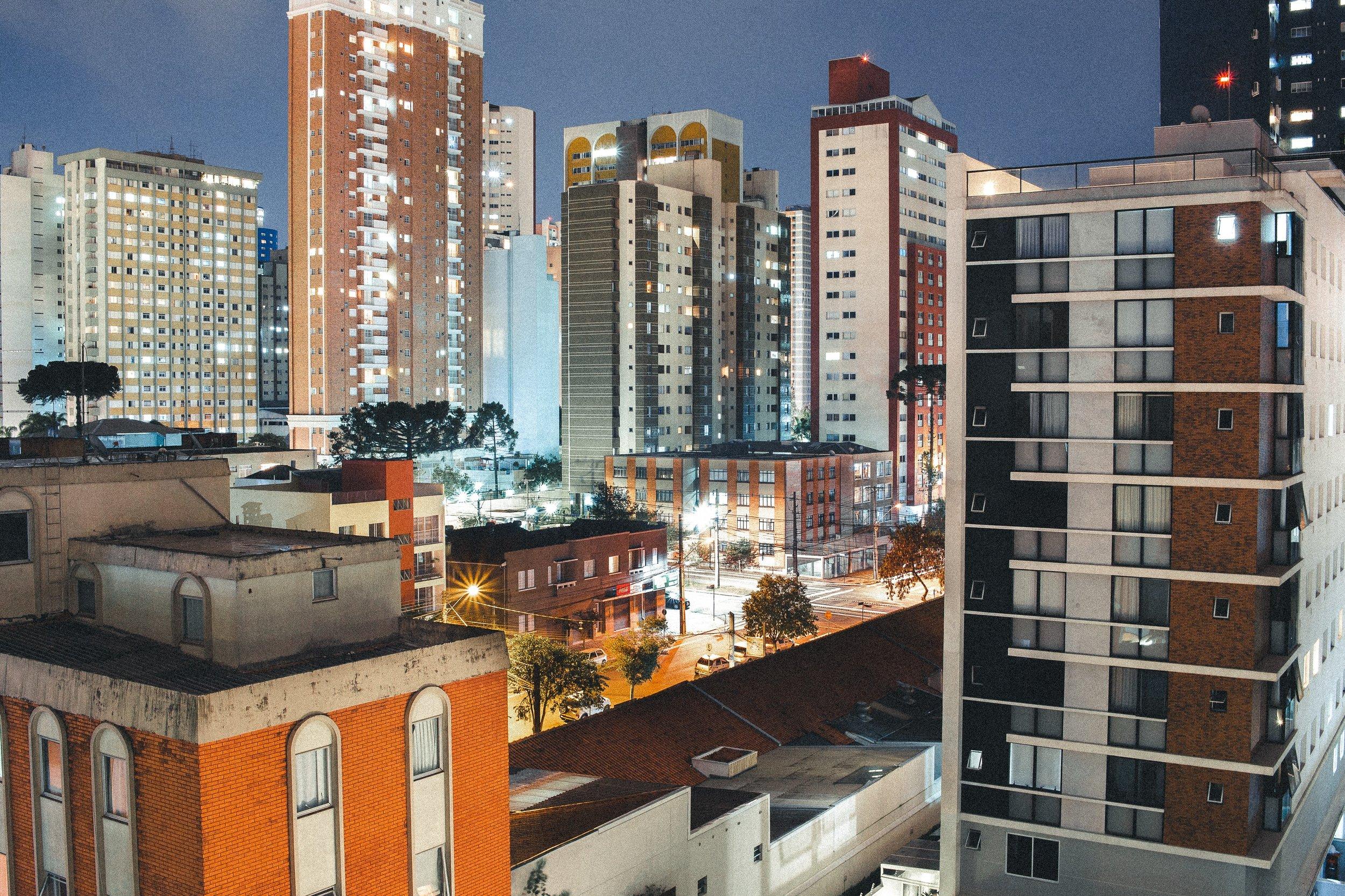 apartment-buildings-architecture-buildings-1687158.jpg