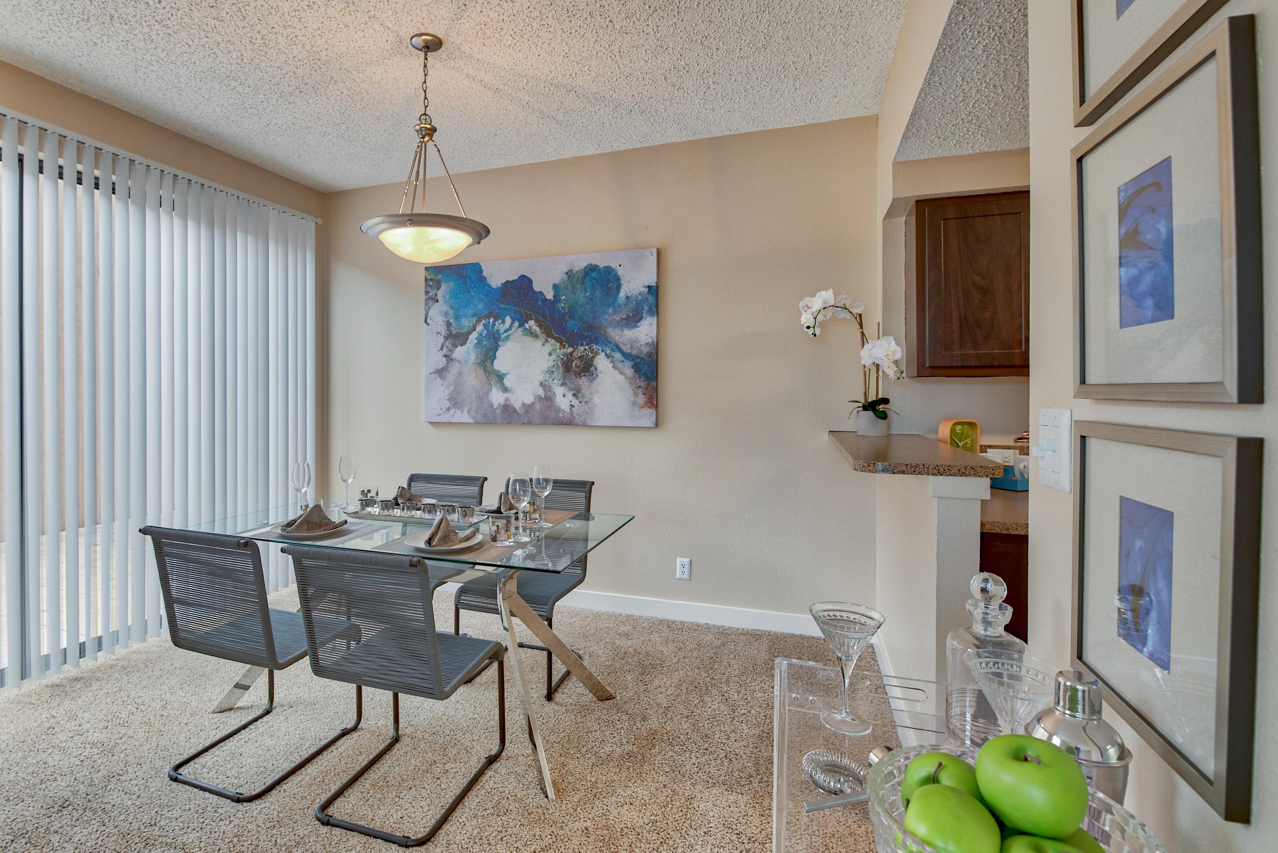 Dining-Room_Enclave-at-1550_1550-Jackson-Keller-Rd-San-Antonio-TX_RPI_PJ04491_29.jpg
