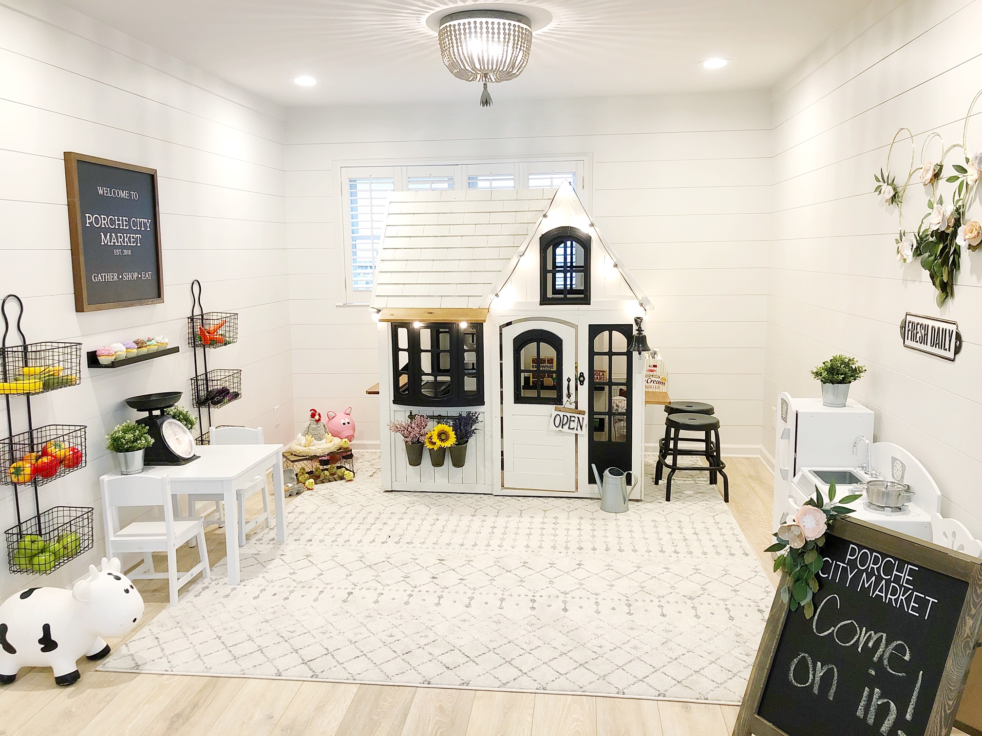Porche City Market- Indoor Playroom -