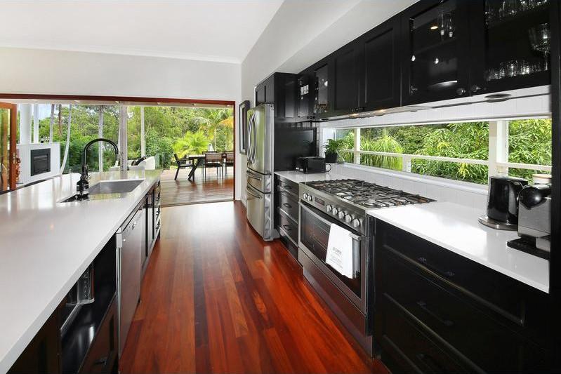 image5 Ashdown Kitchen1.jpg