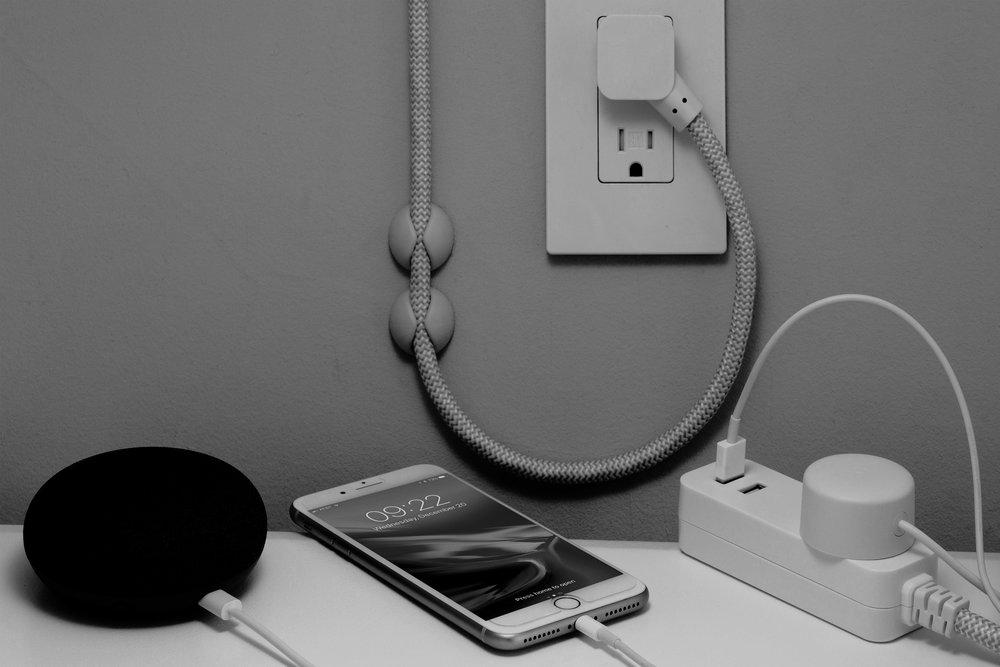 charging-battery-iphone.jpg
