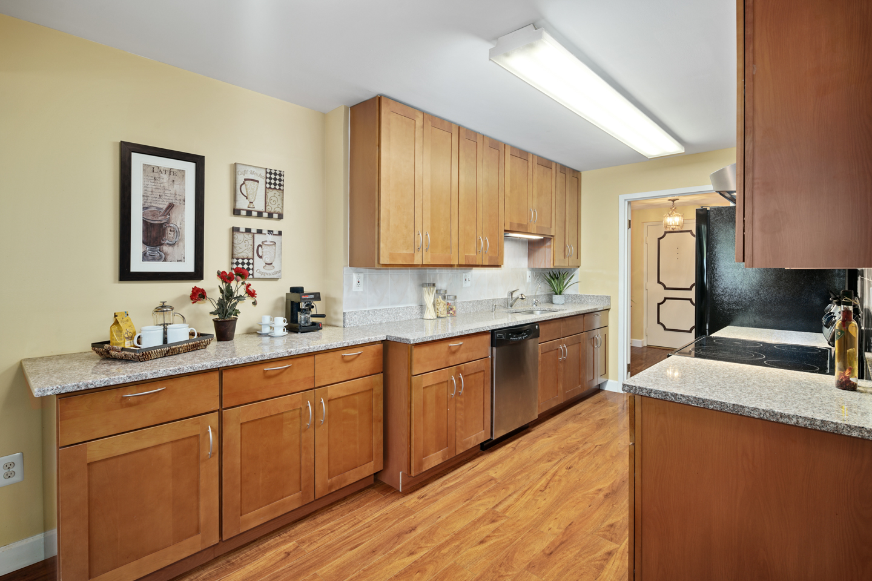 930 W Montgomery Ave Unit T2-MLS-22.jpg