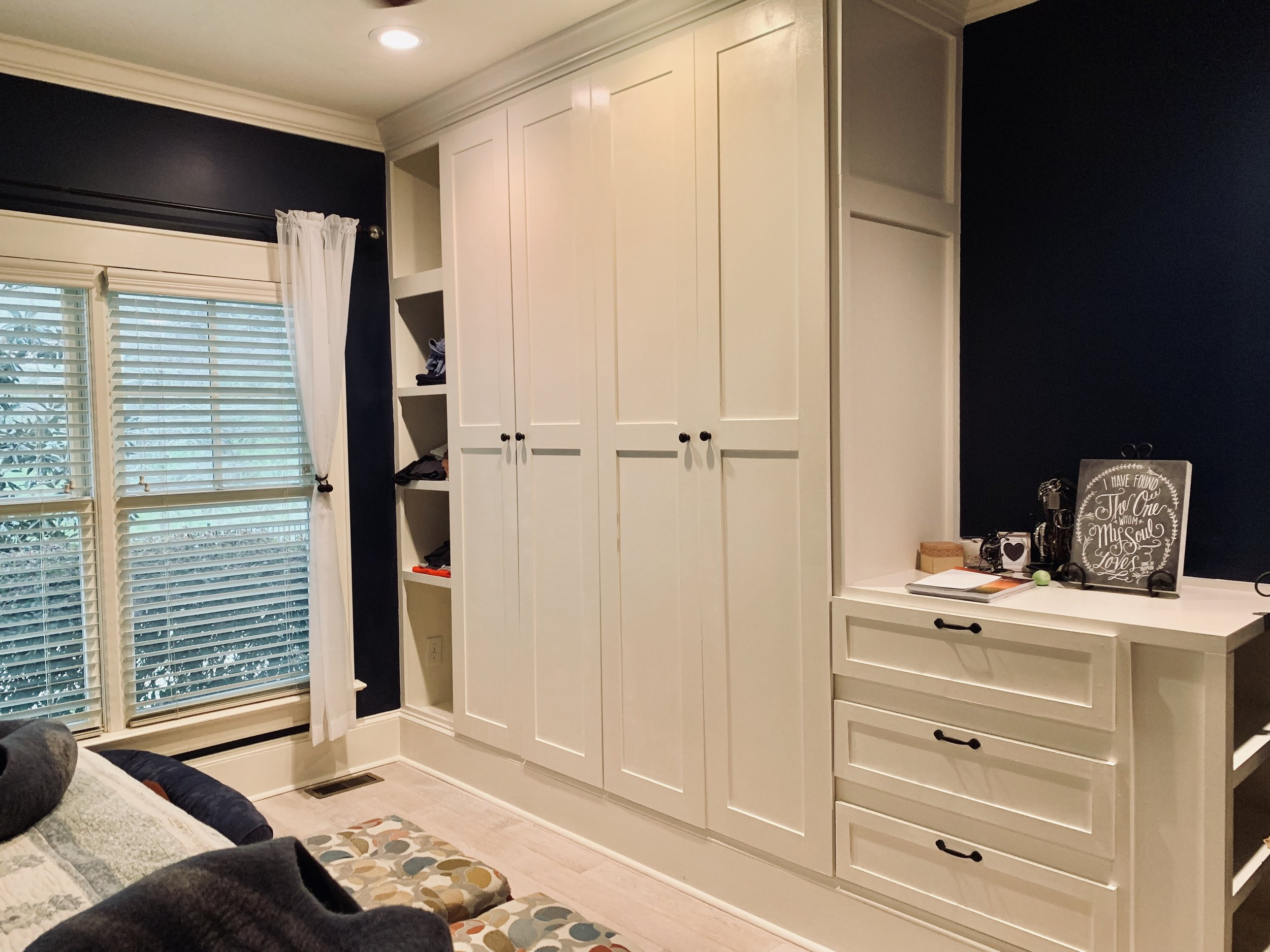 Built-In Wardrobe Unit