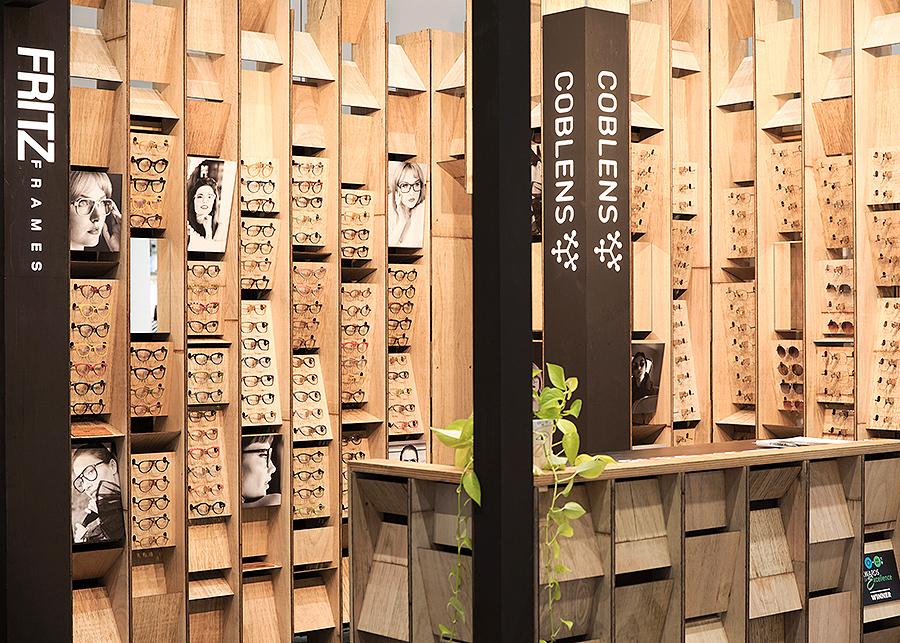 Fritz Frames Exhibition Stand - Modular Retail Display Design (10).jpg