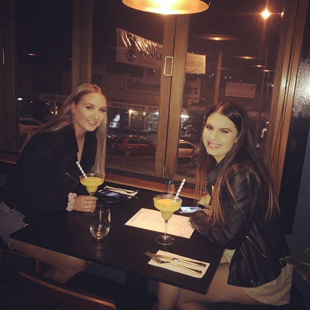 Beautiful night, beautiful customers  best place to start your night #food#wine#cocktails#gin#supportsmallbusiness#alburywodonga#upstairs#lookforthepinkdoor
