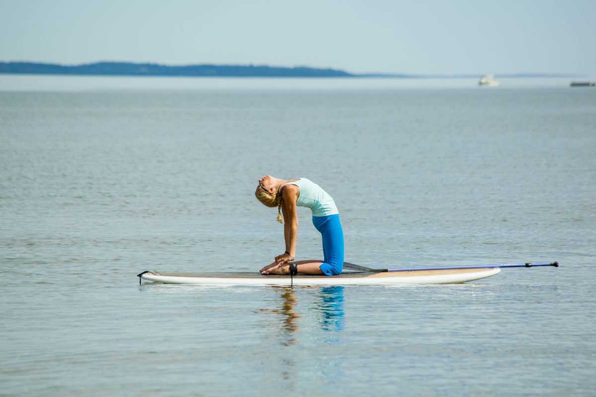 Join Leslie for a 4 day SUP Yoga Certification experiencing the connection of Yoga and Water. -