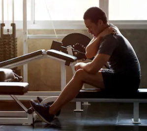 Eine unausgewogene Muskulatur zu trainieren, kann den Leidensweg verlängern.