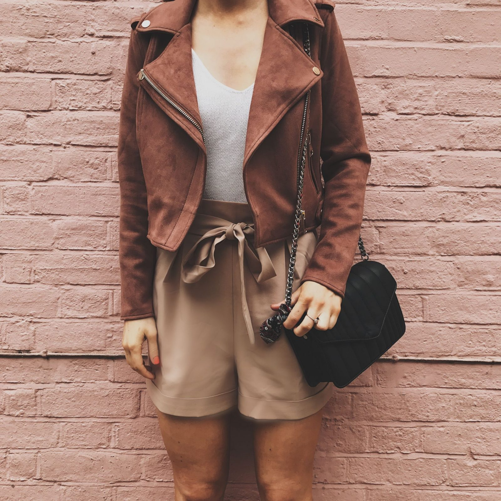 River-Island-pink-suede-jacket-and-tailored-shorts_EllaRyderIMG_4523-1600x1600.jpg