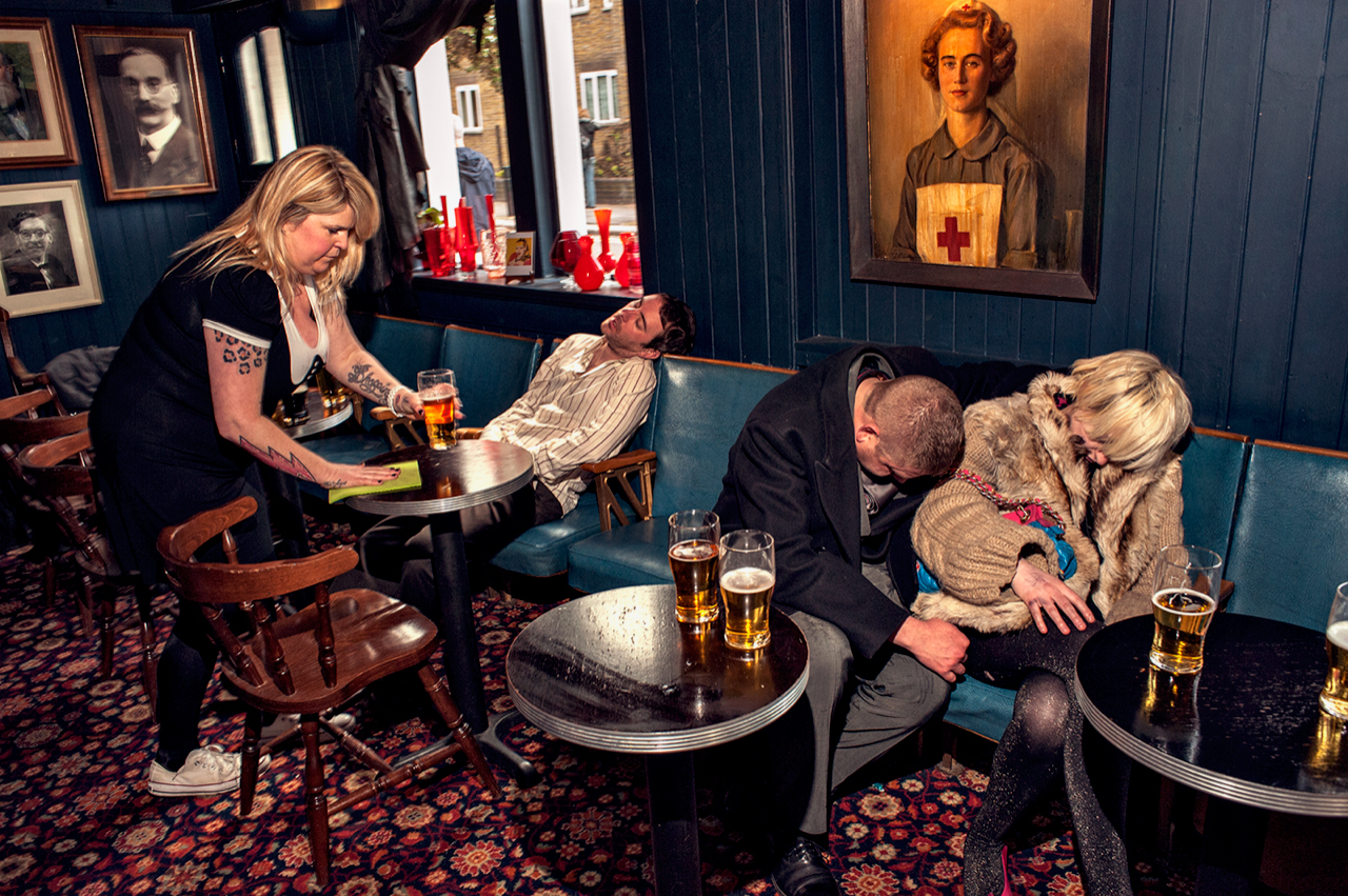 Dougie Wallace - Sleepers in pub.jpg