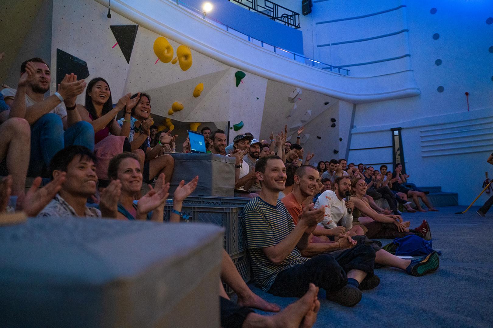 crowd_susie res.jpg