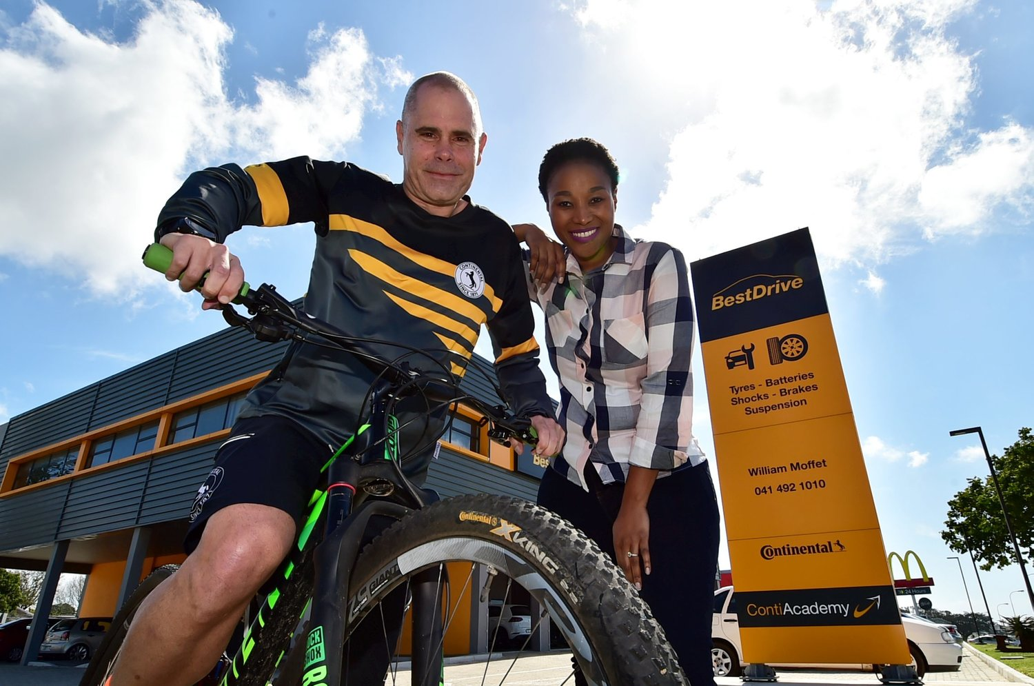 Gearing up are Continental's head of marketing and sales Southern Africa Ian Langlands and The Herald editor Nwabisa Makunga.  Image: Eugene Coetzee