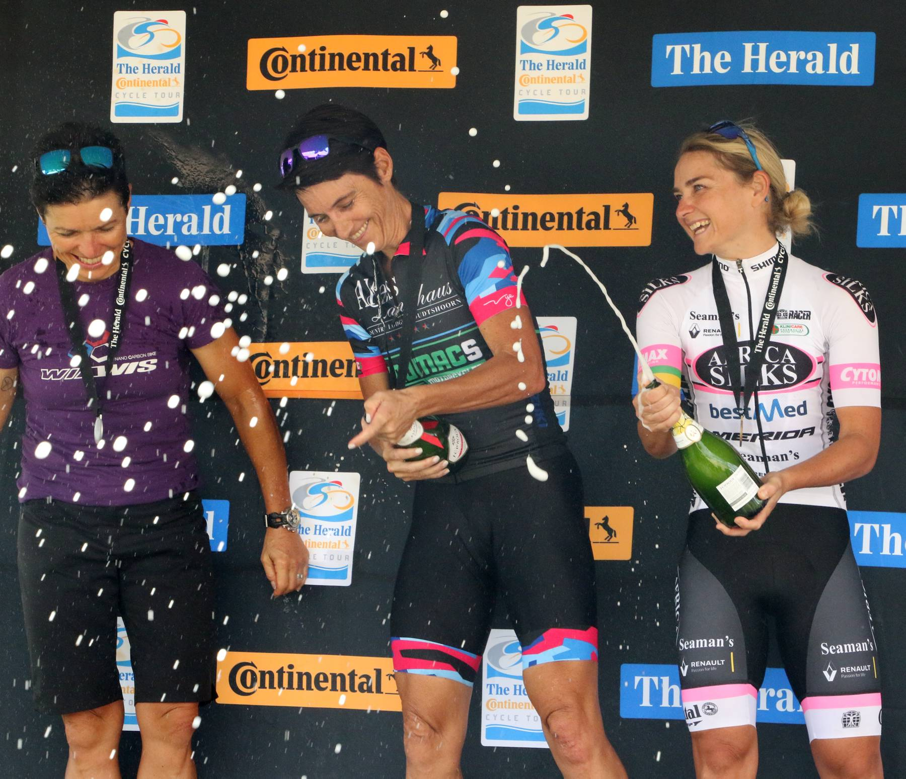 The Herald Continental Cycle Tour MTB 80km Extreme Ladies Winners 2019.jpg