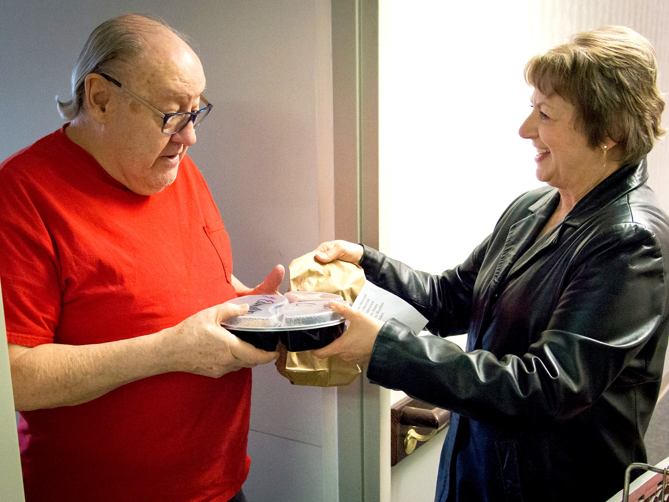 Meals On Wheels   - Selinsgrove Area  : Selinsgrove Area Meals on Wheels is a non-profit organization formed with the goal of delivering hot, nutritious meals five days a week to persons living in the Selinsgrove Area School District who are unable or find it difficult, for a variety of reasons, to prepare meals for themselves.