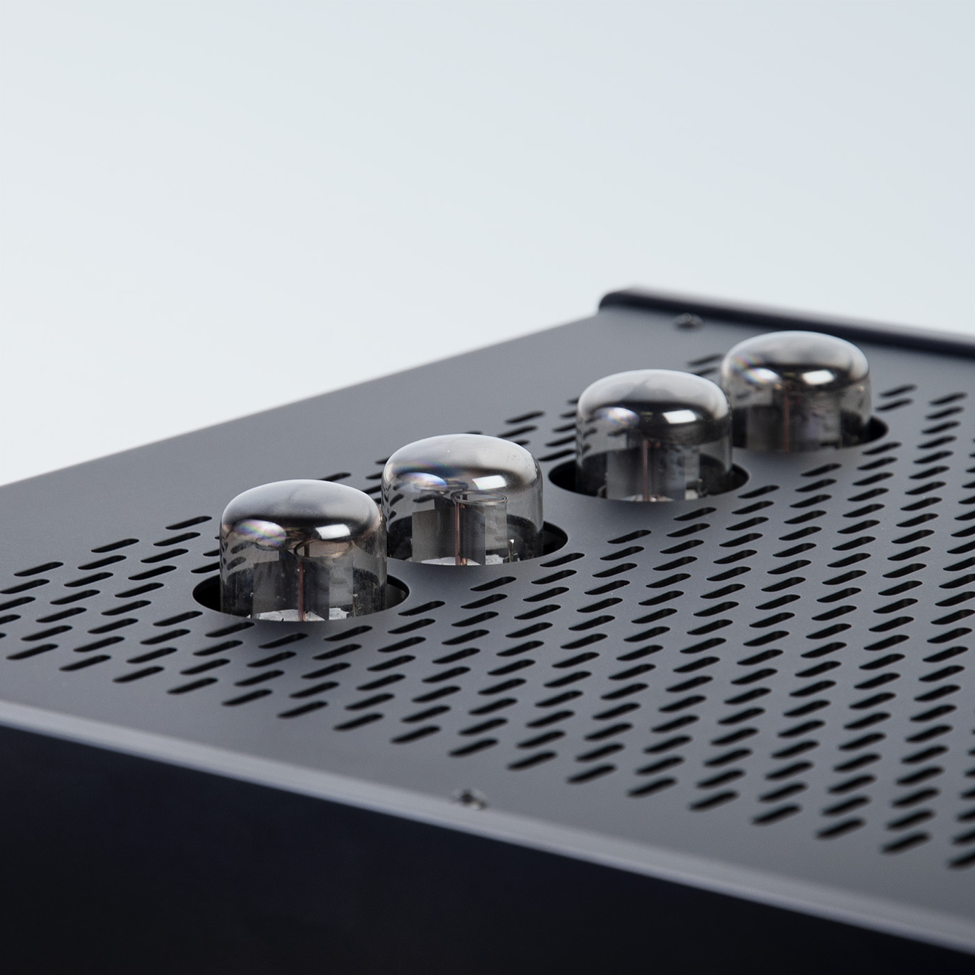 LTA Zotl 40 Amplifier