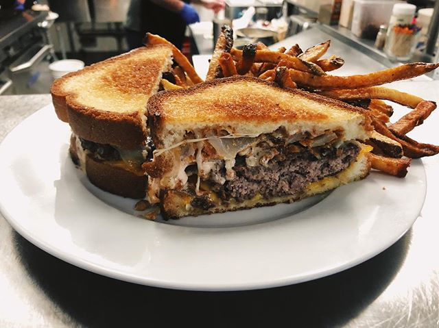 😱😱😱 Our special today is the patty melt supreme, our juicy patty with cheddar and Swiss, homemade onion rings, and our zesty supreme sauce! The soup is beef and mushroom with rice!