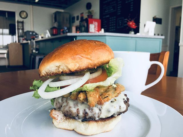 Today's special is a burger with pepper jack cheese, fried jalapeños, spicy mayo, and the usual lettuce, tomato, and onion on our fresh homemade bun.  The soup of the day is White Bean Chicken Chili!