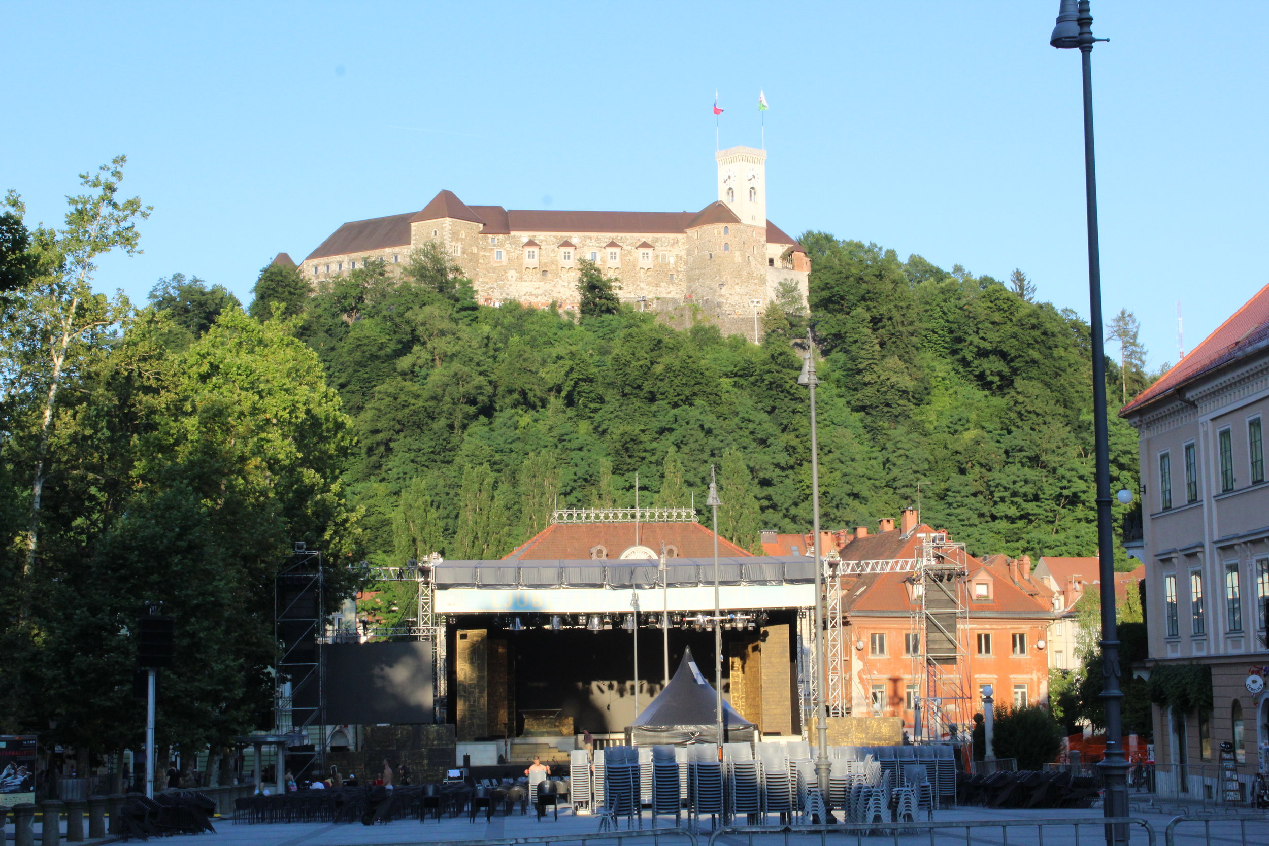 Stage and castle.JPG