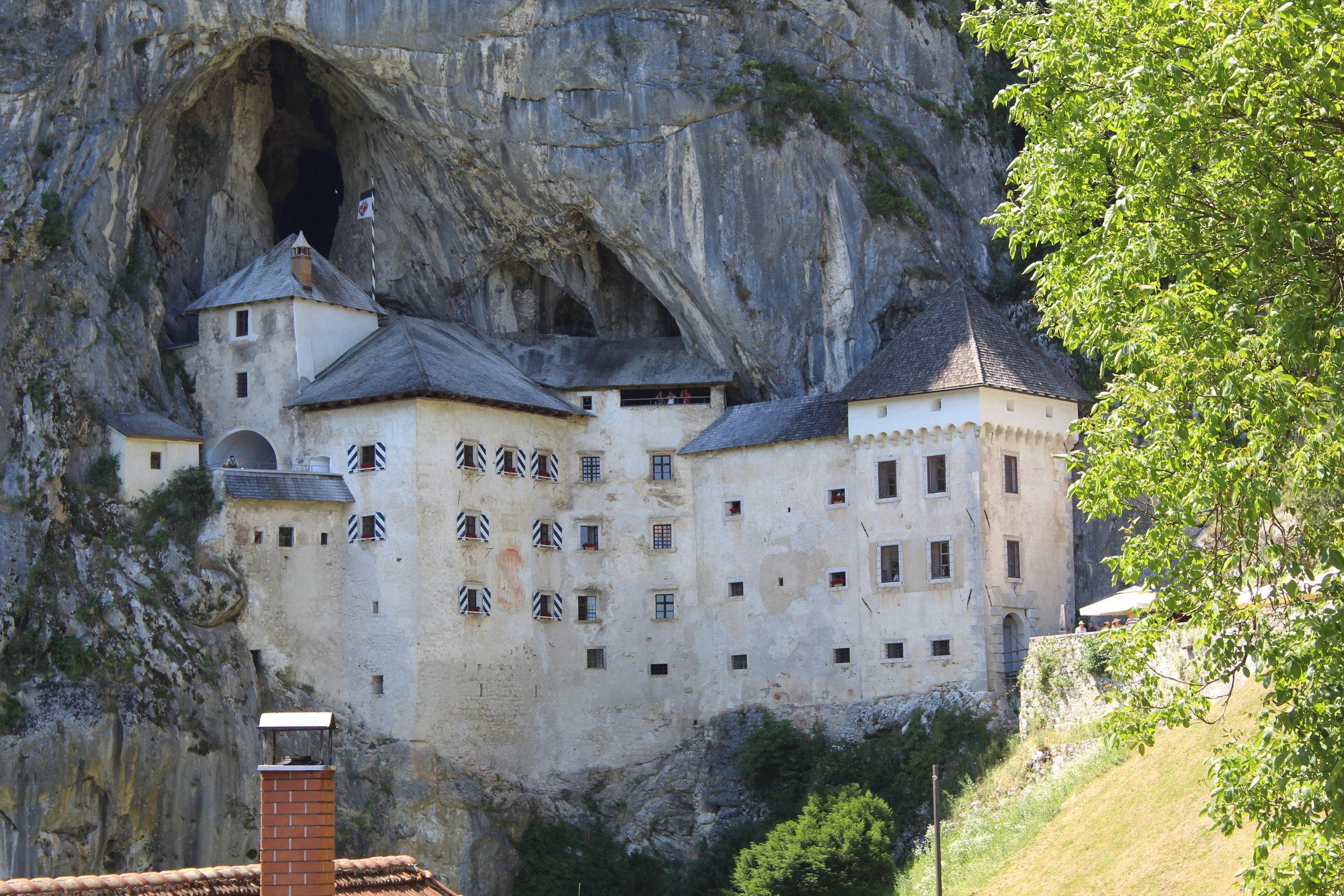 Castle in the mountain 2.JPG