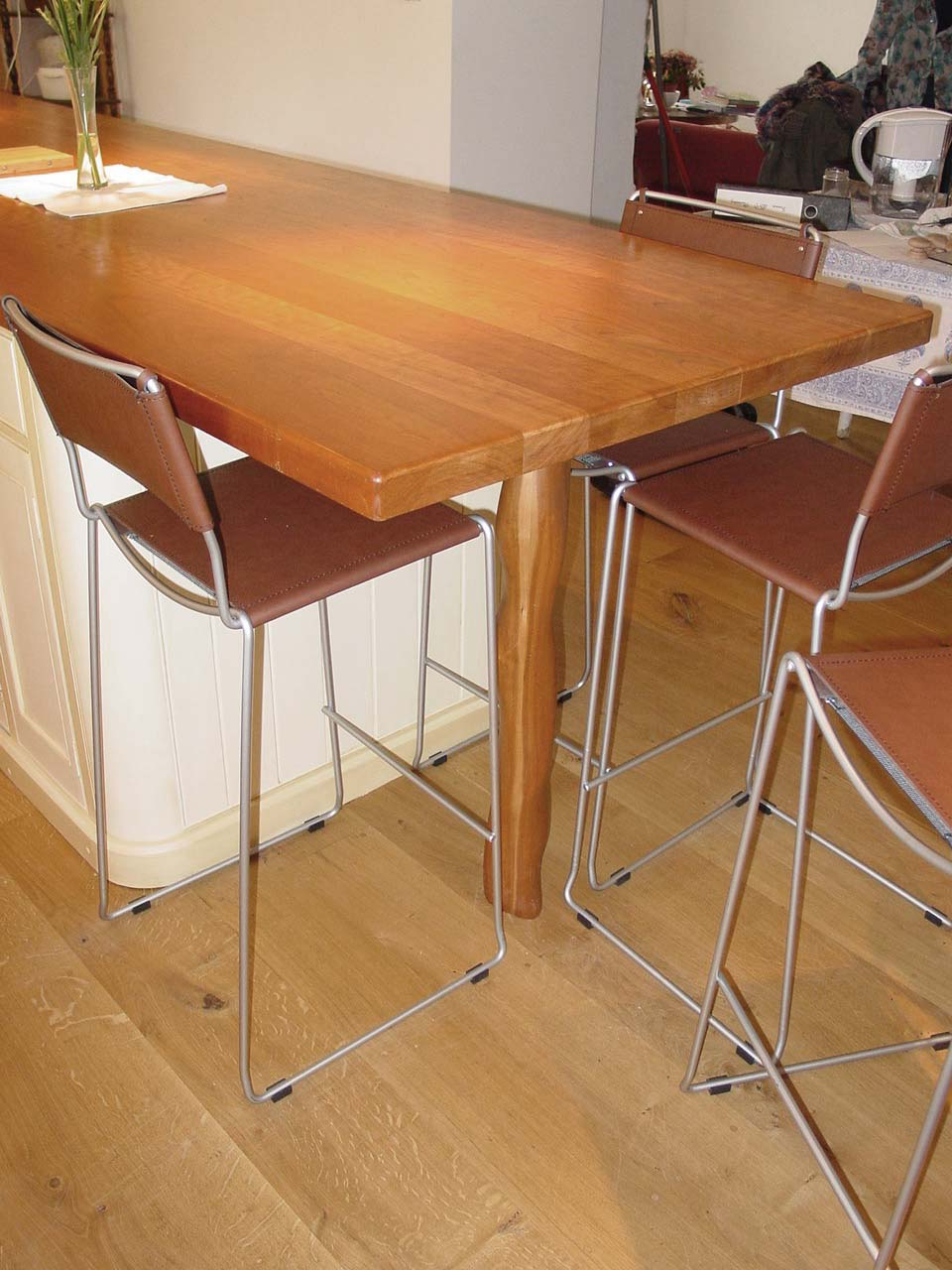 Cherry Worktop with Extended Dining Space