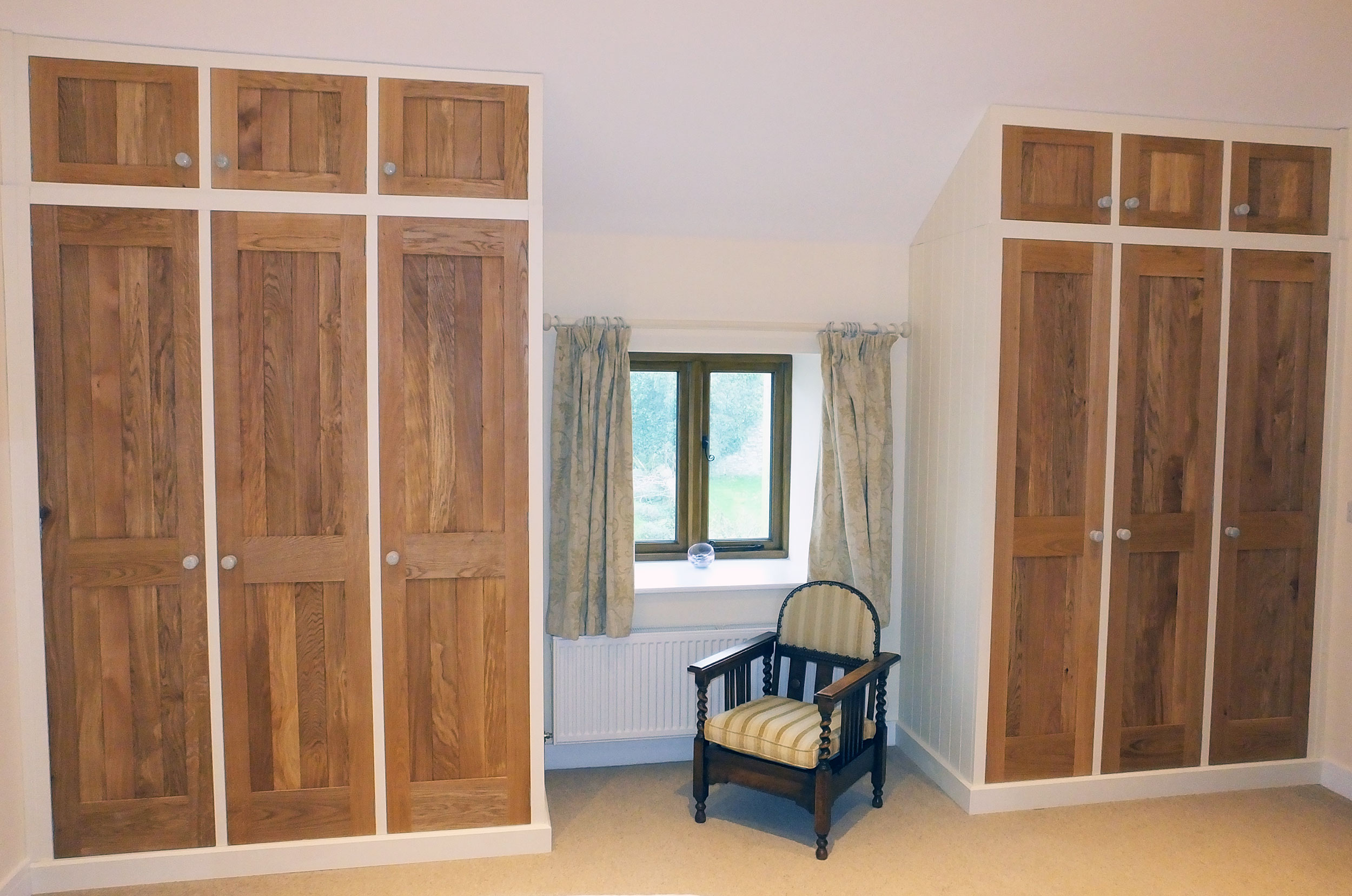 Oak & Painted Fitted Wardrobes