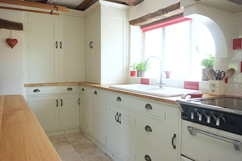 poplar-painted-kitchen-01.jpg
