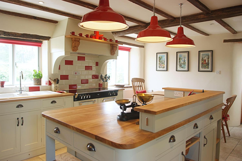 poplar-painted-kitchen-02.jpg