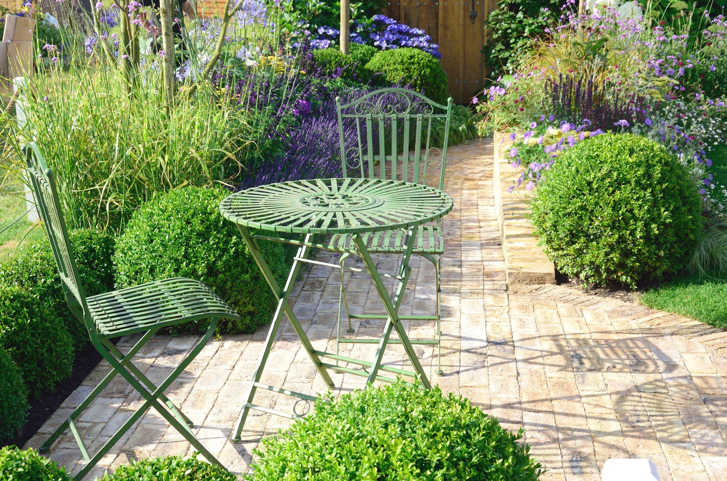 outdoor furniture (3).jpeg