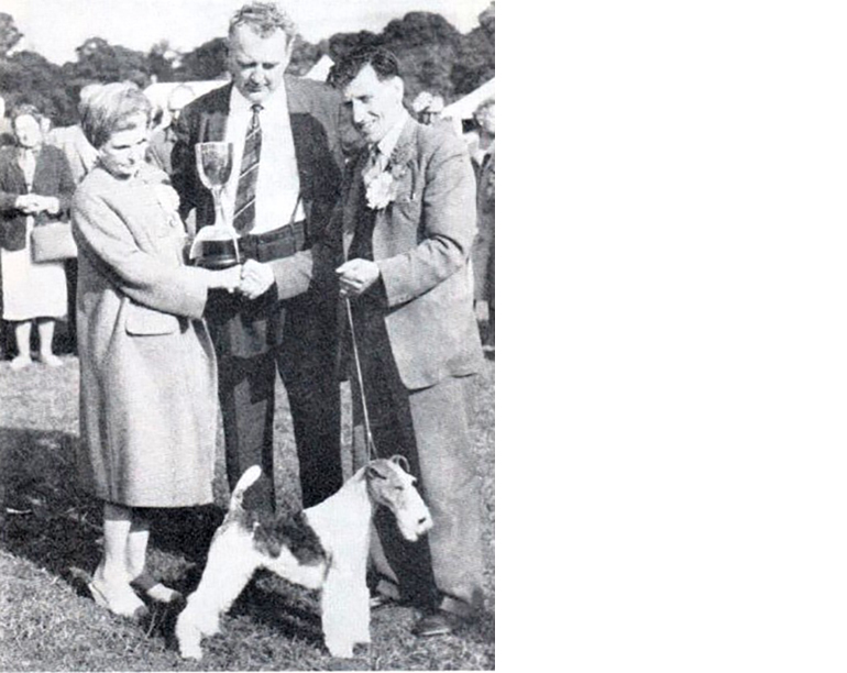 CH Zeloy Emperor  winning Best In show at Cardiff, Wales in 1962 under judge  Fenton Fitzgerald , handled by  Tommy BrAmpton.