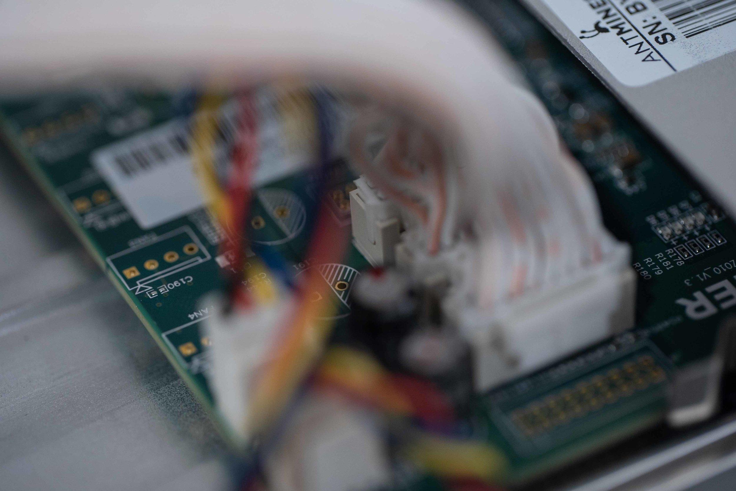 Antiminers S9 - board.jpg
