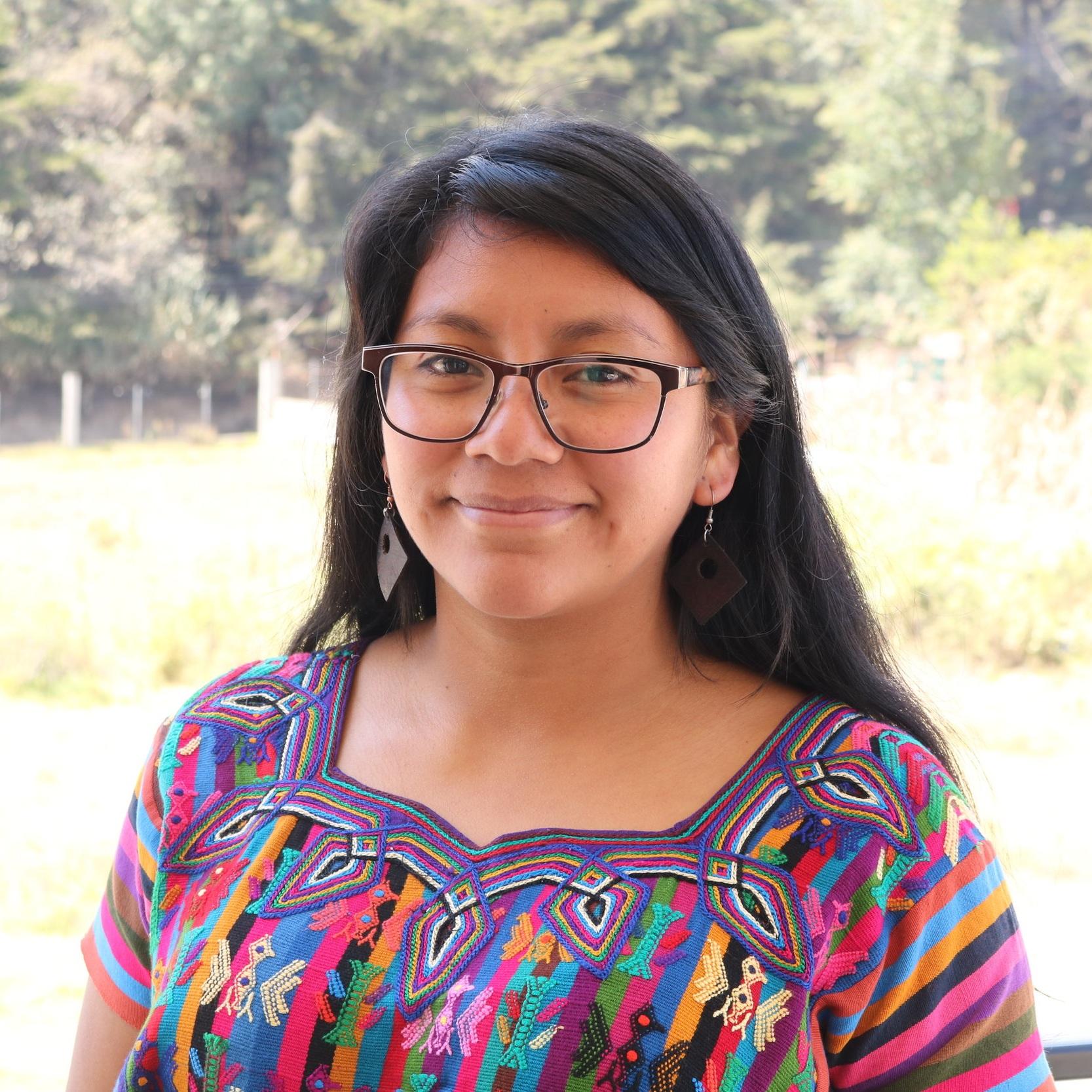 Sara+Chavajay.jpg